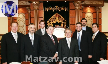 (L-R) David G. Greenfield, Esq. - Master of Ceremonies, Rabbi Chaim Dovid Zweibel - Executive Vice President of Agudath Israel of America, Jeff Leb - Co-Founder of the JCC of Marine Park, Rabbi Paysach Krohn - Noted Mohel, Author and Lecturer, Benjamin Brafman - Internationally Renowned Defense Attorney, Yehudah Fishkind - Certified Financial Planner,  Shea Rubenstein - President of the JCC of Marine Park, Shua Gelbstein - Vice-President of the JCC of Marine Park.