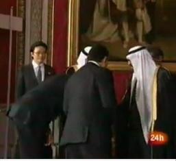 obama-bowing