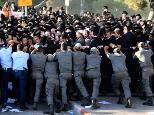 emmanuel-protest
