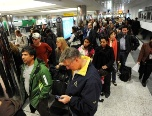airport-travelers
