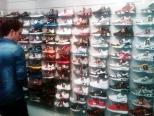 shoe-sneaker-store