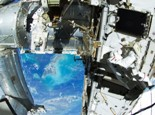 astronaut-space-station