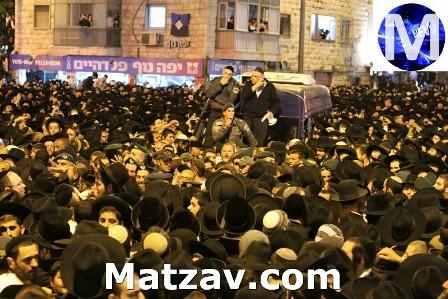 rav-ovadiah-yosef-levaya-12