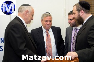 Malcolm Hoenlein - Executive Vice Chairman of the Conference of Presidents of Major Jewish Organizations, Meir Gurvitz - Chairman of Zaka International, Zvi Gluck - director of operations for Zaka International, Ezra Friedlander - CEO The Friedlander Group