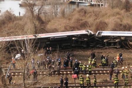 bronx-train-derailed1