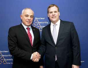 minister-steinitz-l-and-minister-baird-at-the-nuclear-security-summit-in-the-hague