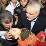 egyptian-politician-kissing-dead-baby-killed-by-hamas