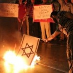 europe-anti-semitism-burning-israeli-flag