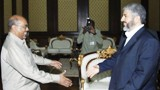 hamas-chief-khaled-mashaal-meets-with-sudanese-president-omar-al-bashir1