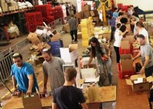 southern-israele28099s-needy-face-food-shortage-as-rockets-rain-on-south