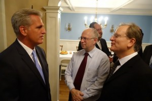 norpac-president-drben-chouake-in-discussion-with-majority-leader-kevin-mccarthy