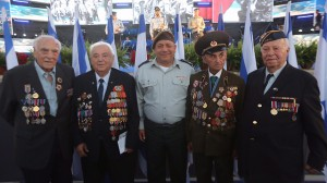 chief-of-staff-eizenkot-with-world-war-ii-veterans