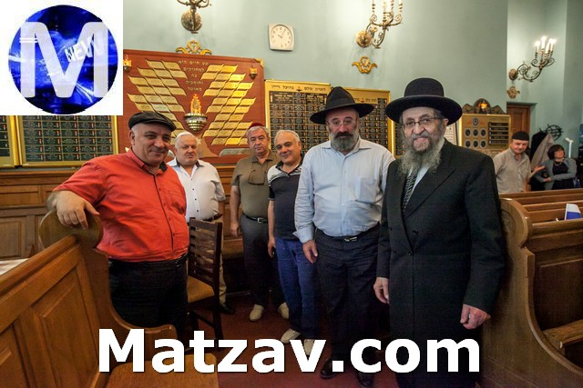 with members of the Georgian kehilla