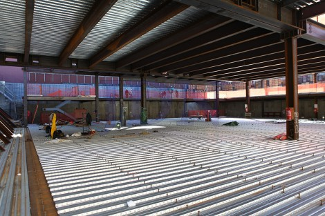 התקדמות-הבנייה-בבניין-התת-החדש-דחסידי-בעלזא-ברחוב-38-בבורו-פארק-1-470x313