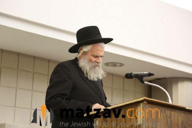 rav yisroel simcha schorr (2)