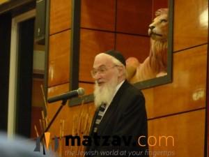 Rav Yisroel Belsky (230)