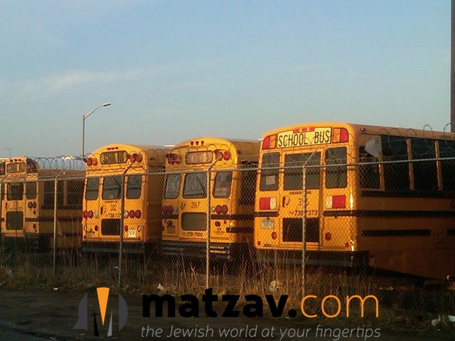 hikind_yeshiva_bus_2