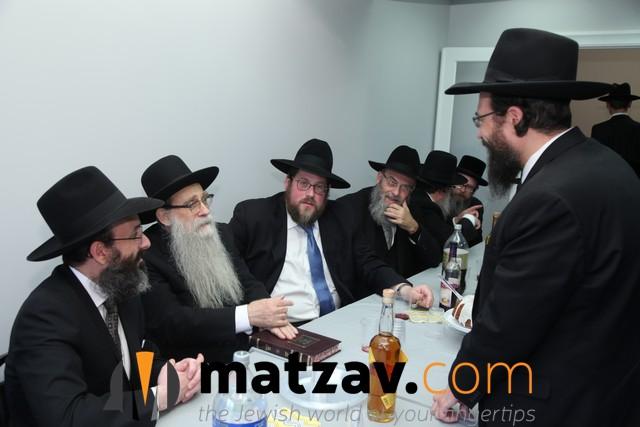 Rosh Hayeshiva in conversation with Rav Shlomo Yitzchak Grossman