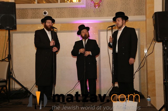 Zmiros Choir