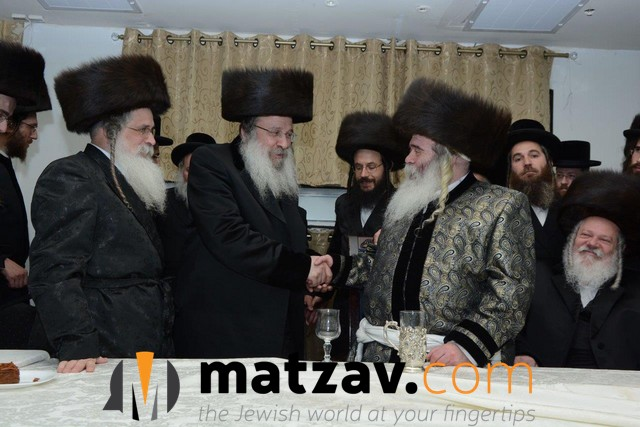 03 Rabonim at the Simcha (1)