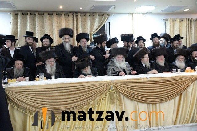 03 Rabonim at the Simcha (4)