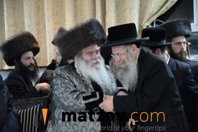 03 Rabonim at the Simcha (7)