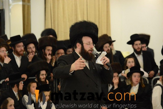 04 Mitzvah Tantz (1)