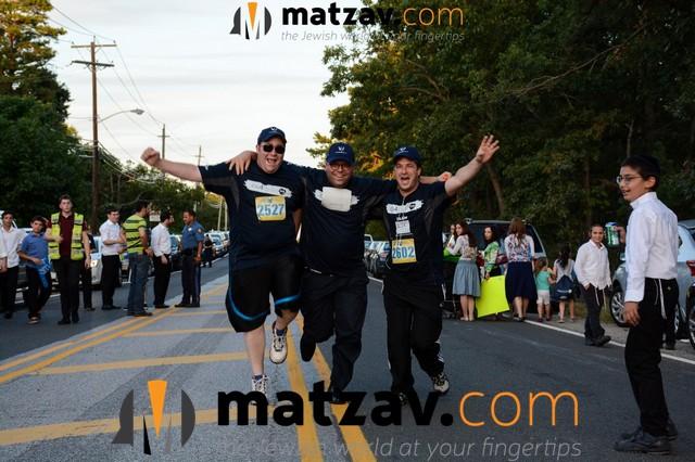 1464-jog4center-2016