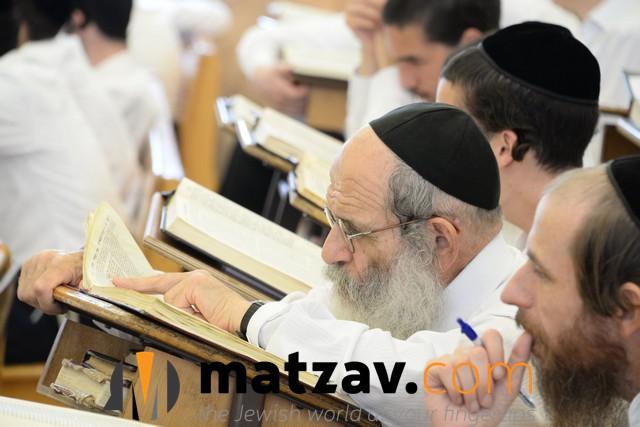 ponovezh yeshiva  (4)