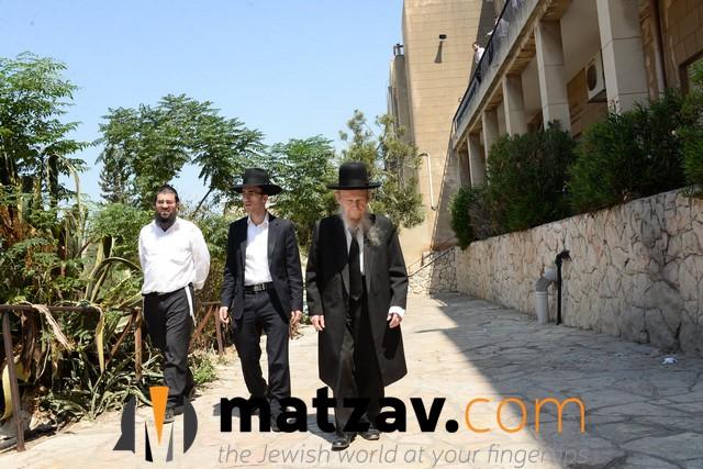 ponovezh yeshiva  (6)