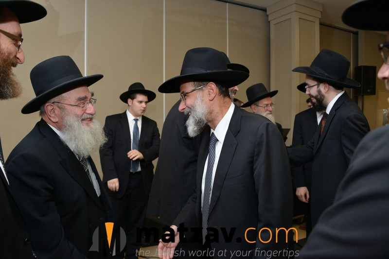 rav-dovid-hofstedter-welcoming-rav-reuven-feinstein