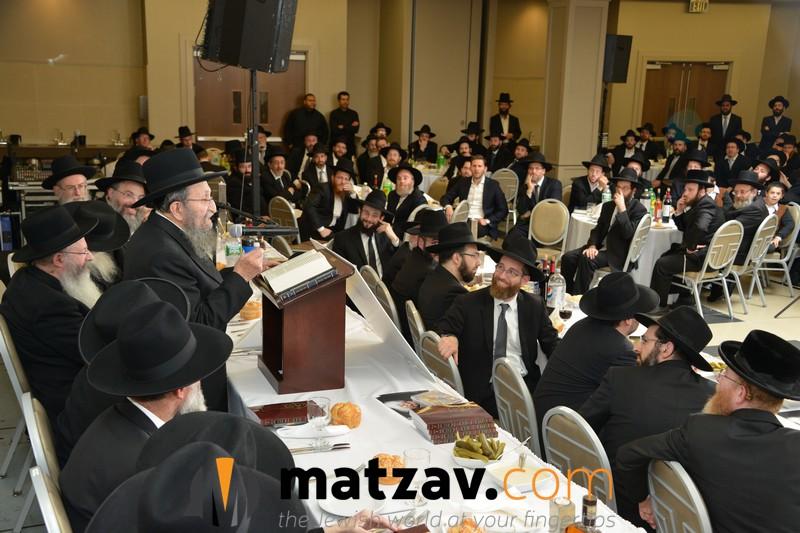 rav-shmuel-kamenetzky-addressing-the-bmg-chaburas-dirshu-siyum-hashas-a