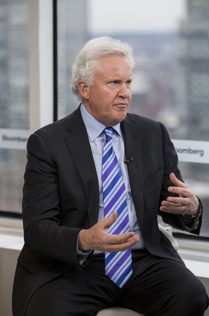 immelt reinventing general electric 2 Jeffrey r immelt, right, in paris in 2014 with john flannery, the man who will replace him as general electric's chairman and chief executive.