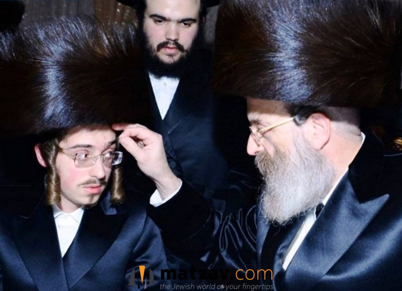 24-Year-Old Son of Sadigura Rebbe Named as His Successor 2